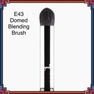SIGMA BEAUTY E43 Domed Blenffing Brush NEW
